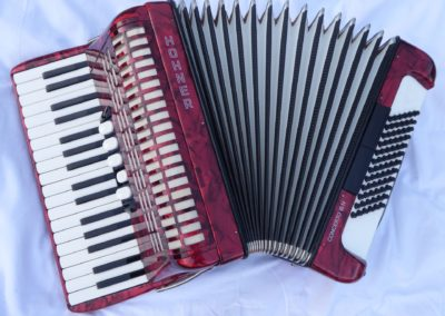 Hohner Concerto III N rot (2)